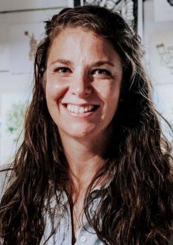 Picture of Library Board Treasurer Karen Waggoner